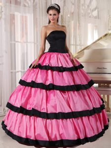 Black and Hot Pink Dress 15 with Ruffled Layers in Guarulhos Brazil