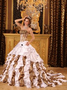 Leopard Print Ruffles White Dresses for a Quince with Court Train