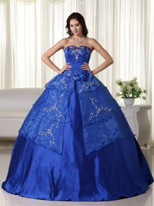 Royal Blue Ball Gown Quinceanera Gown with Embroidery for Cheap