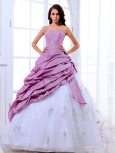 Lavender and White Quinceanera Dresses with Appliques and Pick ups