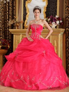 Free Shipping Pick Ups Appliqued Coral Red Sweet 15 Dresses