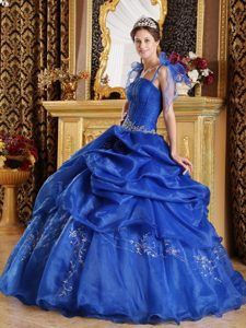 Cheap Straps Lace-up Appliqued Blue Dress for Quinceaneras