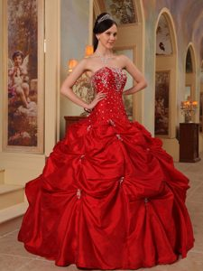Pick Ups Beaded Red Sweet Sixteen Dresses in Guatemala City