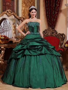 Green Beaded Pick Ups Sweet 15 Dresses in Chichicastenango