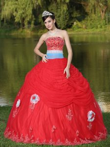 Unique Tulle Appliqued Red Quinceanera Gowns for Wholesale