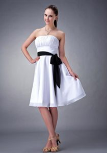 White Strapless Knee-length Chiffon with Sash Dama Dress in Chester