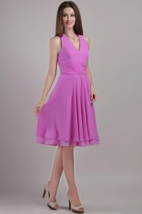 Ruches V-neck Knee Length Chiffon Lavender Dama Quinceanera Dress