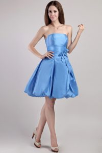Blue A-line Strapless Taffeta Mini Dresses for Damas with Sash