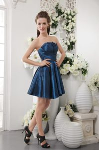 Ruched Taffeta Navy Blue Strapless Dama Dresses with Mini Length