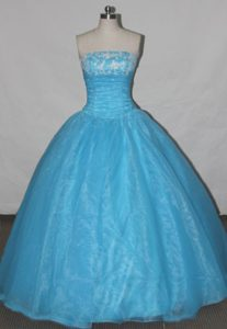 2013 A-line Organza Blue Quinceanera Dress with Appliques