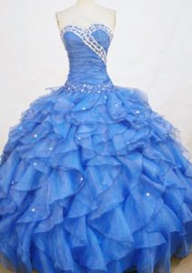 Blue Ruching Quinceanera Gowns with Ruffles and Beadings