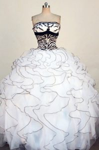 Ruffled White Zebra and Organza Appliques Quinceanera Gown