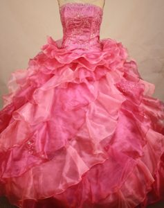 Watermelon Tiered Ruffles Beading Appliques Quinceanera Dresses