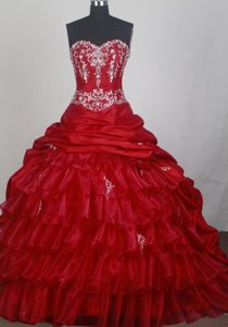 Layered Appliques Beaded Red Quinceanera Dresses with Brush Train
