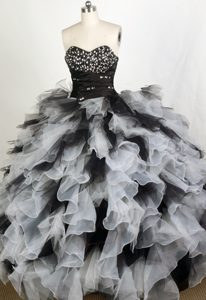 Black and White Sweetheart Beading Ruffles Quinceanera Dresses