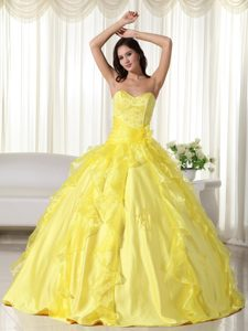 Beaded and Ruffled Sweetheart Dresses for A Quince in Bright Yellow