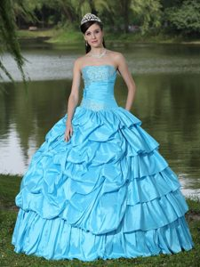 Aqua Blue Strapless Sweet Sixteen Dresses with Beading and Pick ups