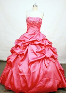 Red Appliques Strapless Pick Ups Lace Up Back Quinceanera Dresses