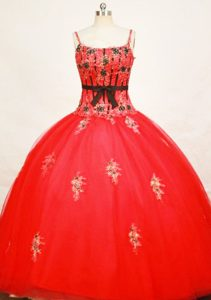 Straps Appliques Tulle Red Quinceanera Dresses with Cute Black Sash