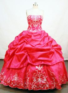 Taffeta Strapless Appliques Pick Ups Red Puffy Quinceanera Dresses