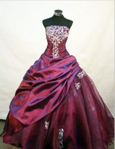 Burgundy Strapless Quinceanera Dresses with Appliques and Beading
