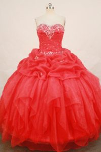 2013 Red Sweetheart Quinceanera Dresses with Appliques and Beading