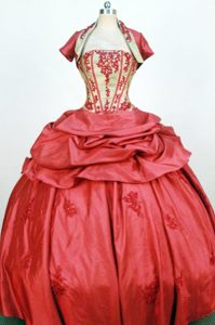 Exquisite Red Strapless Taffeta Appliques Dresses For a Quince in Moa
