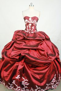 Ruche Strapless Pick-ups Wine Red Beading and Appliques Dresses For 15
