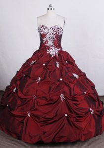 Lovely Burgundy Beading Sweetheart Quincenera Dresses with Pick-ups