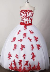 White and Red Strapless Appliques and Sash Quinceanera Gown Dresses