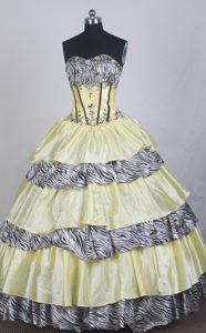 Yellow Sweetheart Taffeta and Zebra Quinceanera Dress with Appliques