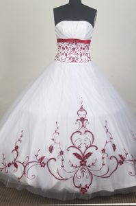 White Quinceanera Dress Embellished Red Appliques and Bustline