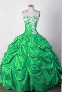 Green Pick-ups Quinceanera Gown Dresses with White Appliques