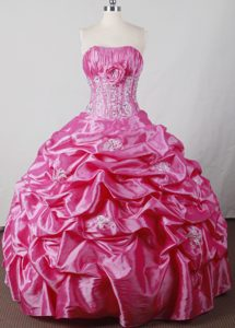 Pink Sweet Sixteen Dresses with Layered Ruffles and Hand Flowers