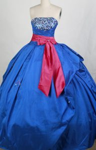 Royal Blue Quinceaneras Dress with Hot Pink Sash and Beaded Bust