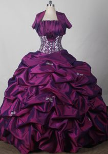 Pleating and Appliques for Quinceanera Gowns with Bubble Ruffles