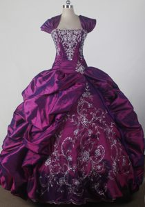 Pleating Wrap and White Applique for Purple Sweet Sixteen Dresses