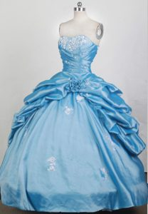Ruffles Overlay Aqua Blue Sweet 16 Dresses Embellished Ruching