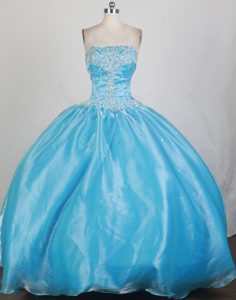 Aqua Blue Beaded Sweet 15 Dresses with White Appliques in Mendoza