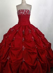Beaded with Exquisite Pick-ups 2014 Wine Red Quinceanera Ball Gown