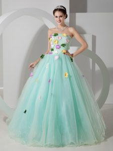 Colorful Flowers Decorate Sweet Sixteen Dresses in Apple Green