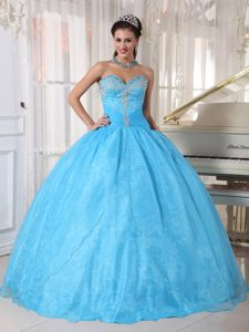 Beaded Bodice Sweetheart Organza Sweet 15 Dresses in Baby Blue