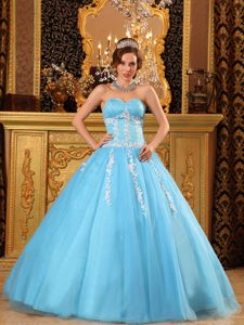 Leon Mexico Appliqued Sweetheart Quinceanera Gown Dress in Aqua Blue