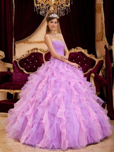 Ruched Lavender Quinceanera Dresses with Beading and Puffy Ruffles