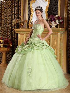 Cheap Tijuana Mexico Appliqued Yellow Green Quinceanera Dresses
