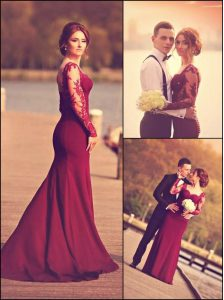 Artistic Burgundy A-line Elastic Woven Satin Sweetheart Long Sleeves Lace and Appliques With Train Zipper Mother Of The Bride Dress Court Train