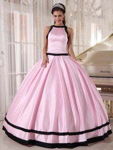 Baby Pink Sleeveless Satin Dress For Quinceanera in Ballycastle